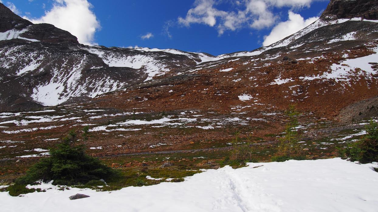 Wenkchemna Pass lumen läpi