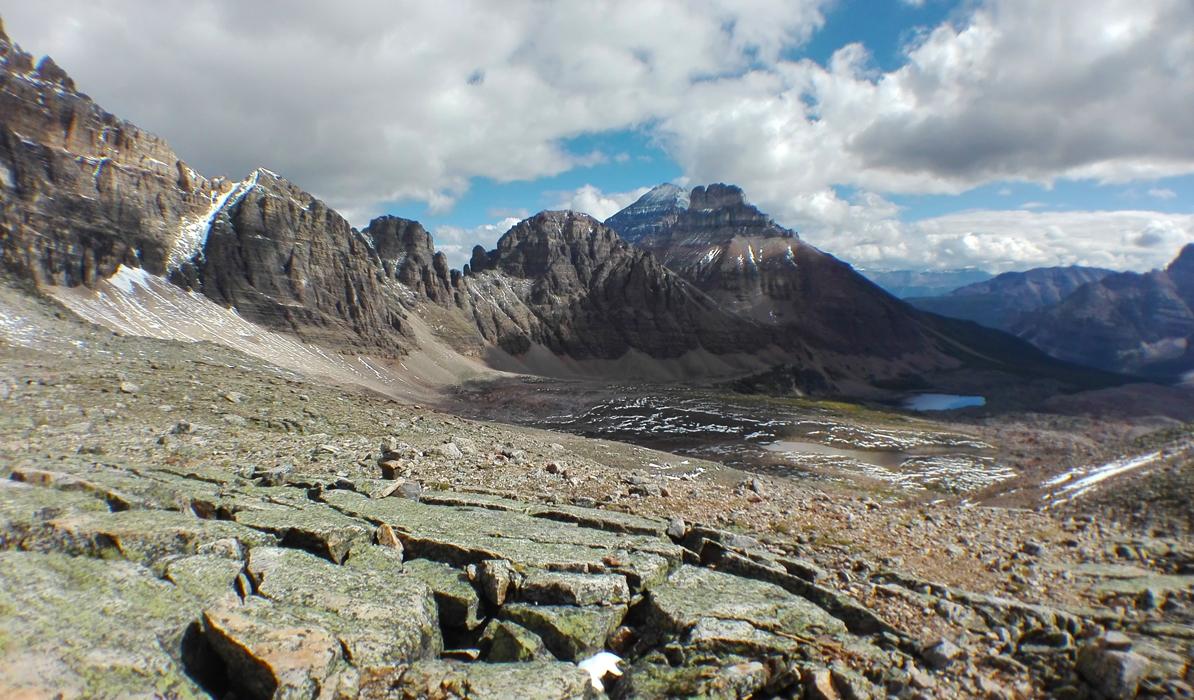 Wenkchemna Pass Kymmenen huipun laakso