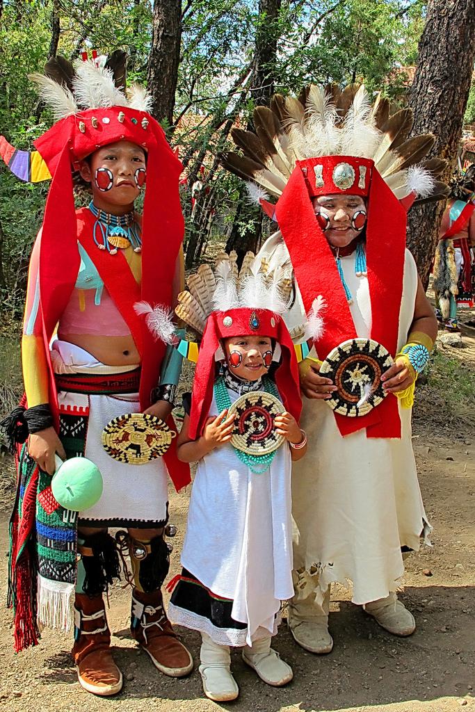 Pohjois-Amerikan alkuperäiskansat: Hopi-intiaaneja.