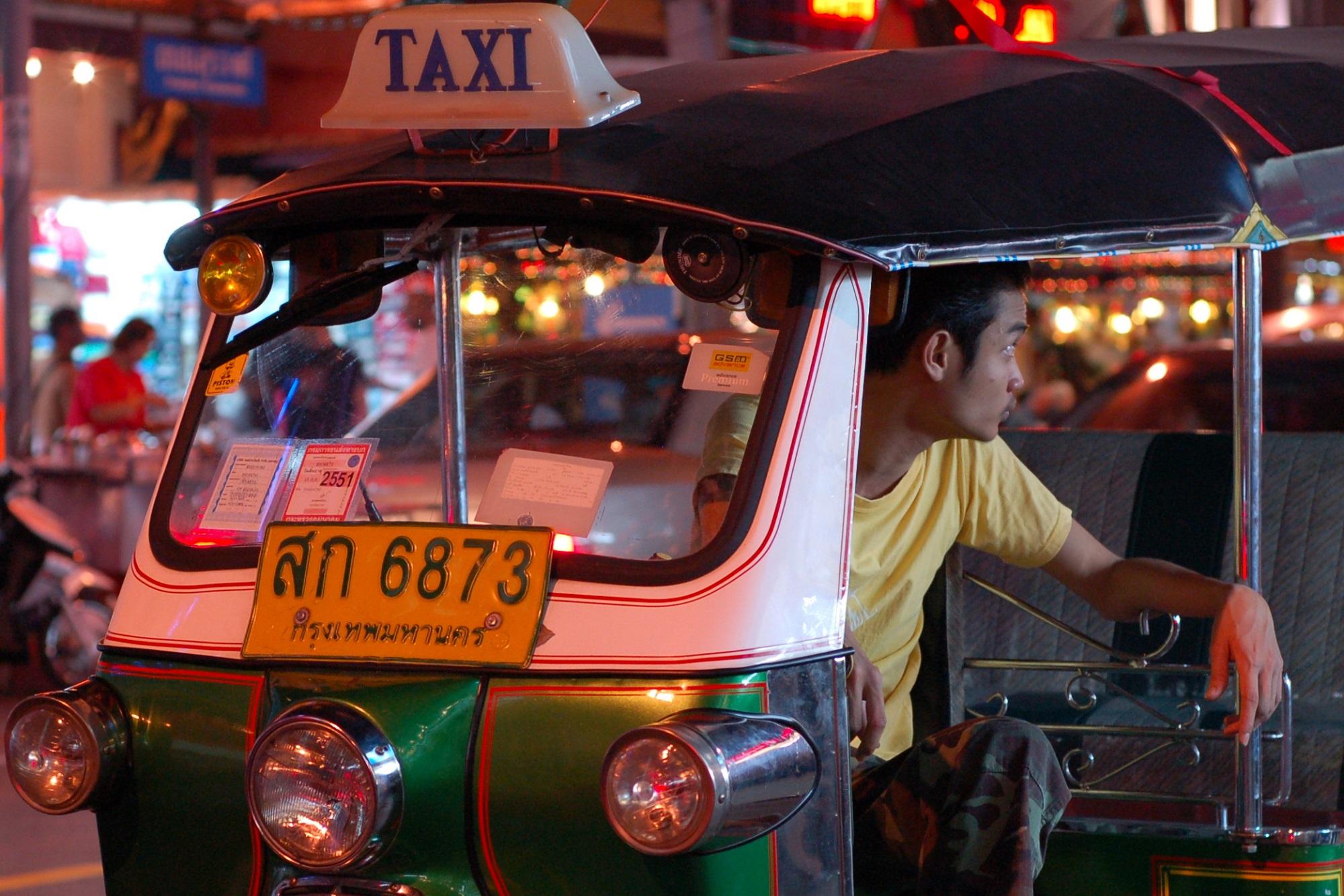 Kuvan tuktuk ja kuljettaja eivät liity ainakaan tähän tapaukseen. Kuva: Flickr/launceston_lad