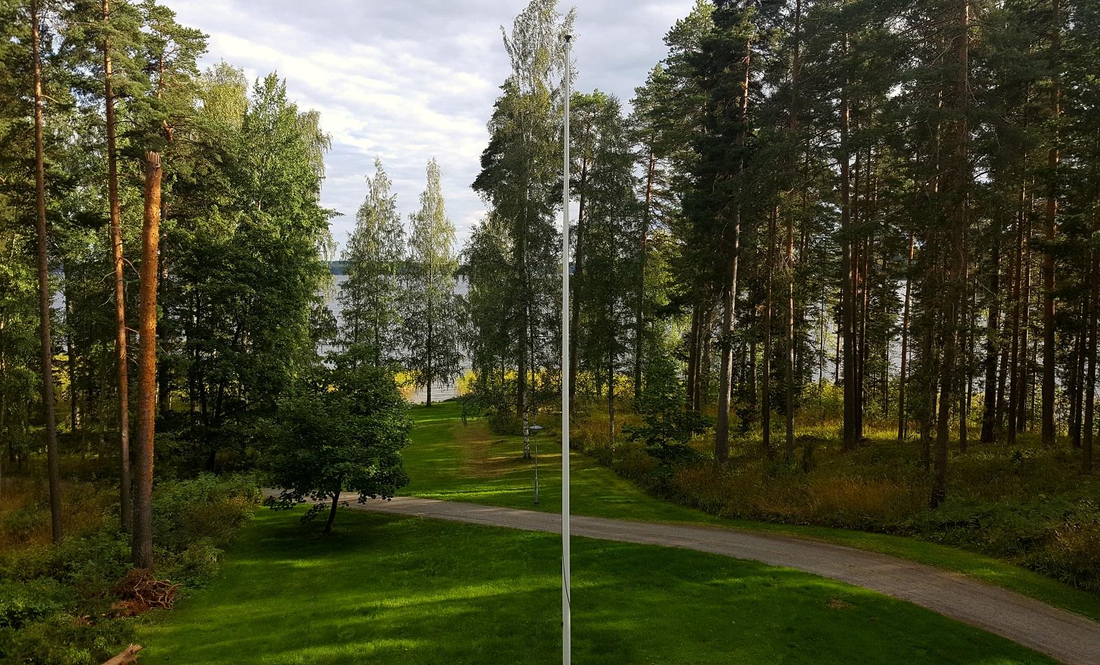 Villa Urhola. Huoneen numero 510 parvekkeelta avautuva maisema.
