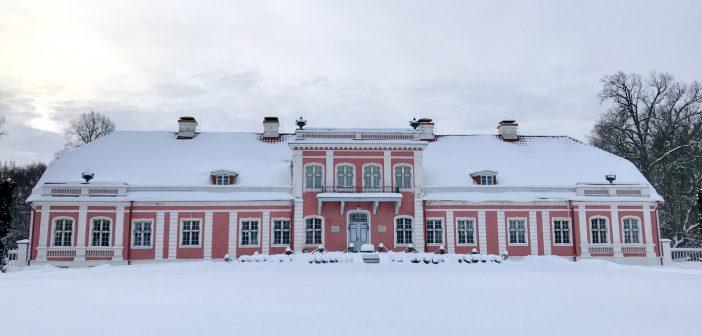 Sagadin kartano on Viron vaaleanpunainen kaunotar