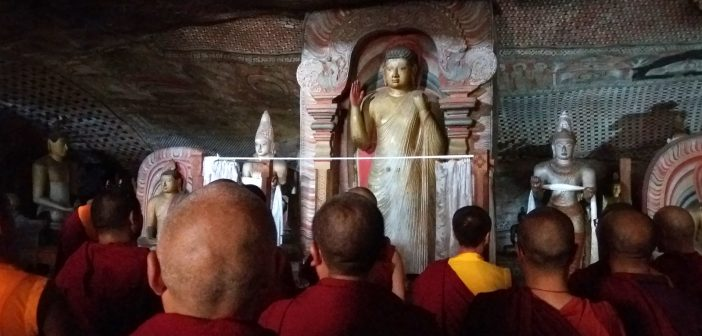 Dambullan luolatemppeli – Sri Lankan hienoin nähtävyys?