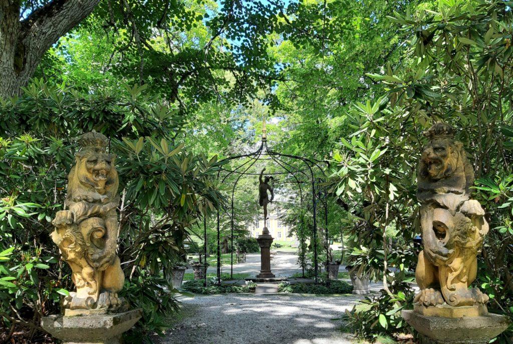 Mustion Linnan puutarha