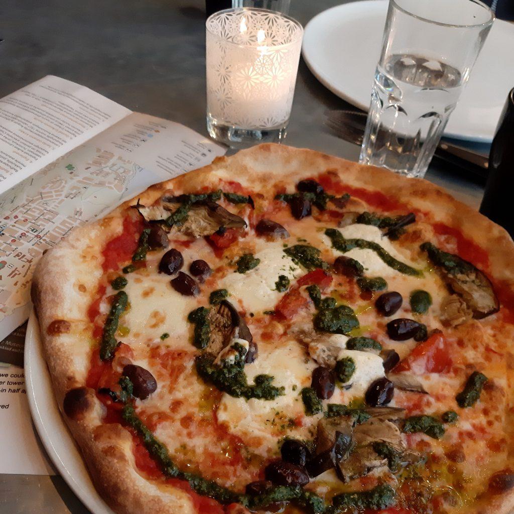 Maarianhamina, Pizza Diablo
