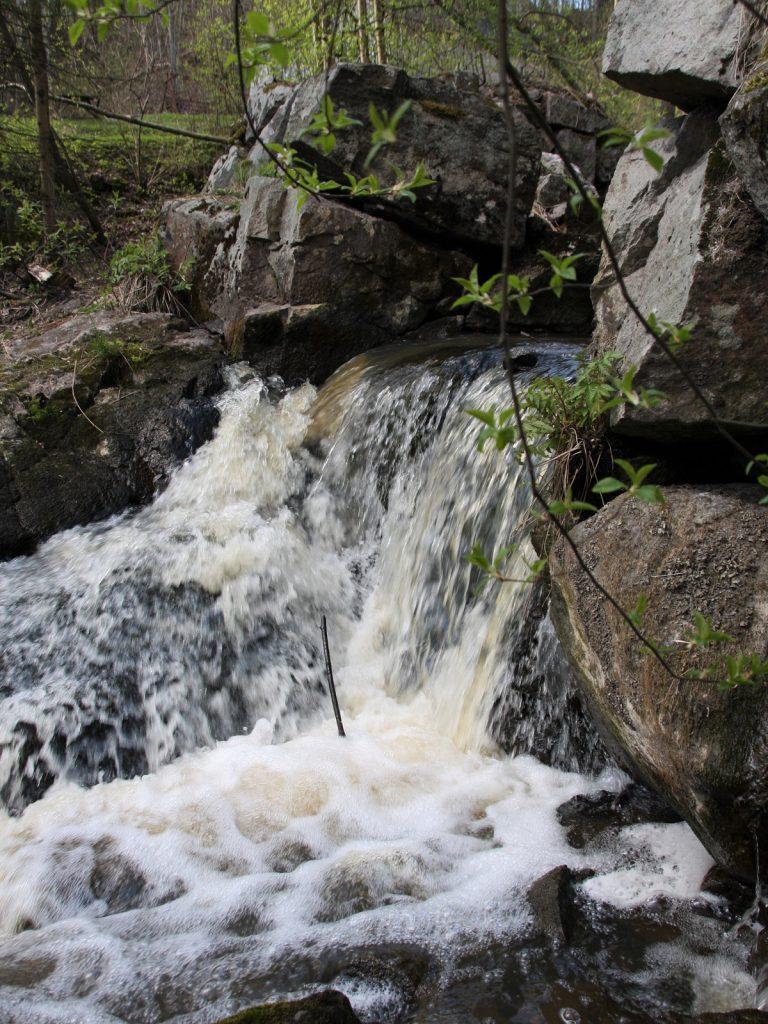 Glomsinjoki, Espoo