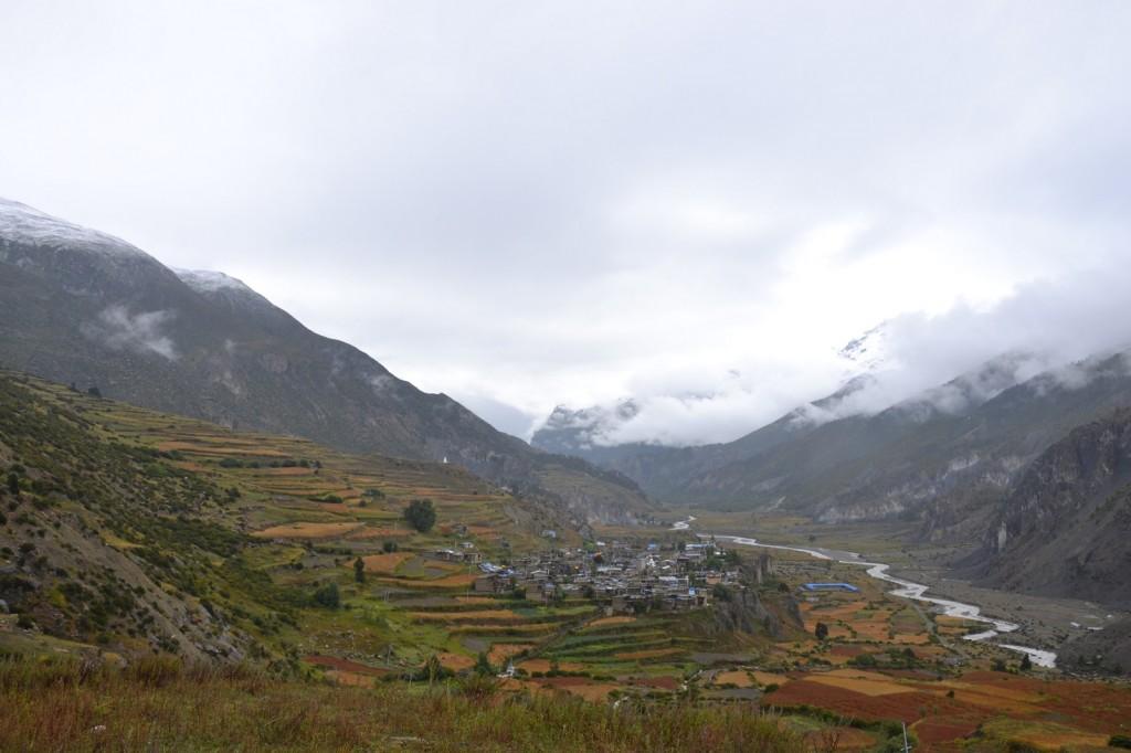 Nepal on vuoristoinen ja vaikeakulkuinen maa. Kuva: Reetta Näätänen