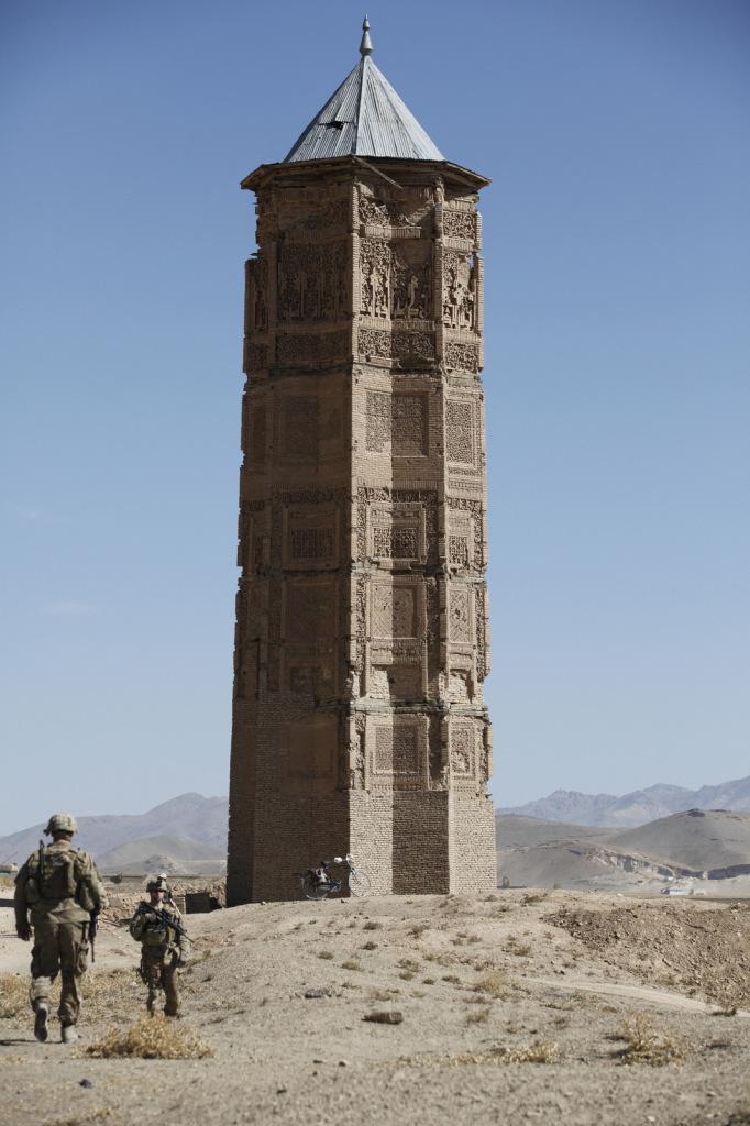 Ulkomaisista kävijöistä Ghaznin tähdenmuotoisia torneja ovat päässeet katsomaan lähinnä sotilaat.