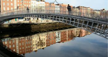 Ha´penny Bridge, Dublin.