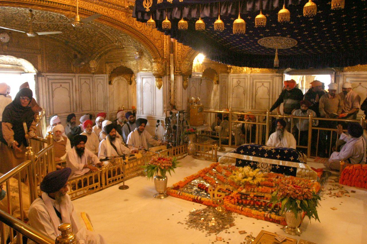 Sikhiläisyys. Gurdwara, Amritsar. Kuva: © Flickr/Gurumustuk Singh.