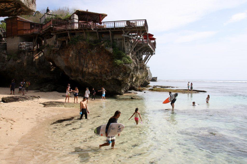 Balin nähtävyydet - Pantai Suluban