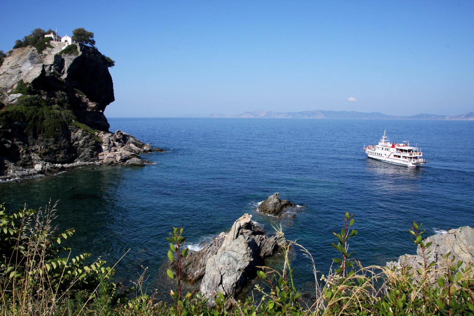 Mamma Mia - Skopelos, Kreikka. Agios Ioannis -kappeli on jokaisen Mamma Mia -matkailijan pyhiinvaelluskohde.