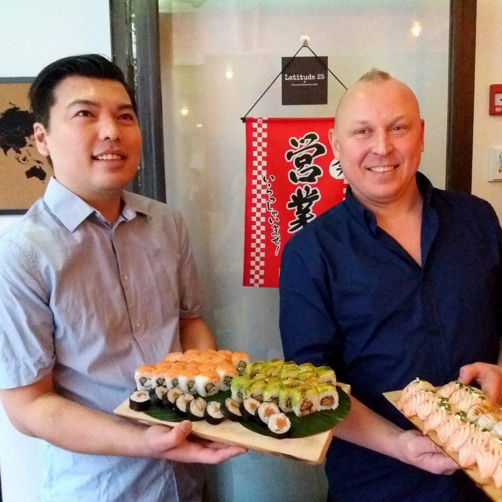 Shugo Sakihama ja Ville Hakonen luotsaavat Latitude 25 -ravintolaa.