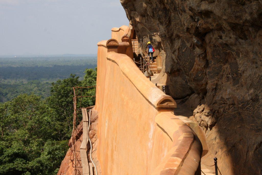 Sigiriya, peiliseinä (Mirror Wall).