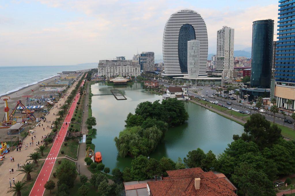 Batumi edustaa toisenlaista Georgiaa.