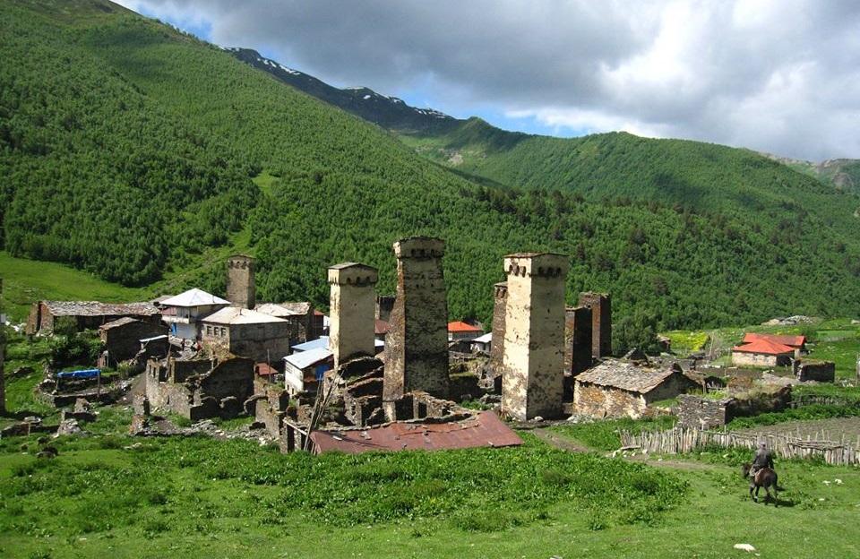 Georgia, Svanetia - Ushgulin kylä